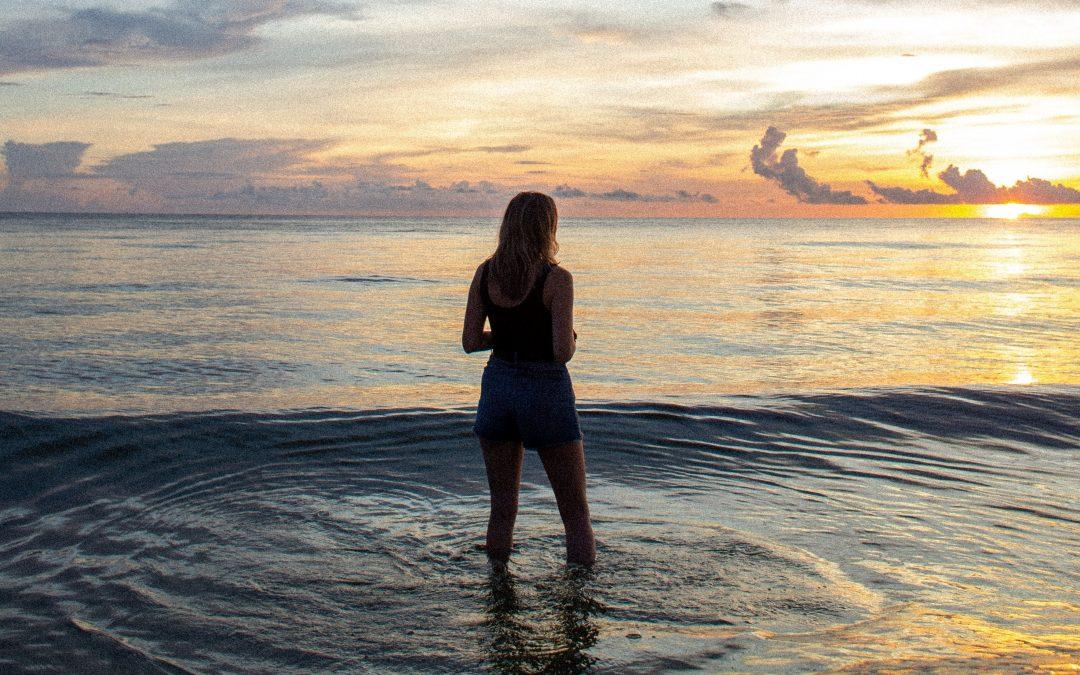 """""""Wenn du durch tiefe Wasser gehst will ich bei dir sein."""""""